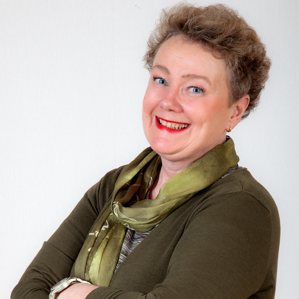 Erica Selin, yritys- ja muutosvalmentaja.